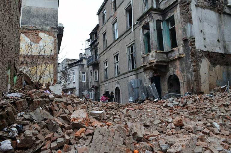 Ruiny po wyburzeniach w Tarlabasi, fot. Justyna Chmielewska