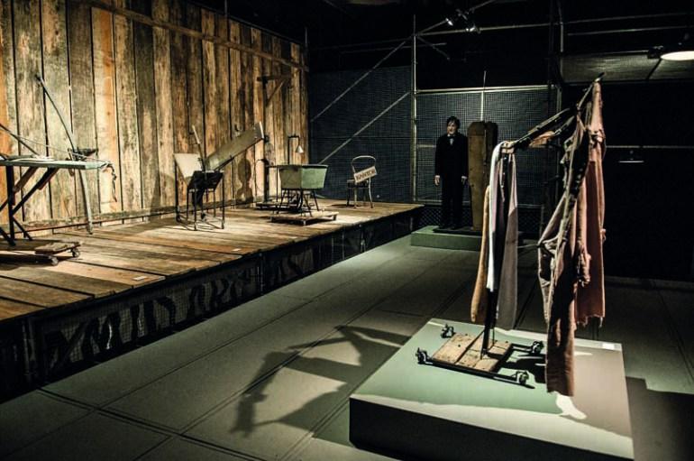 Tadeusz Kantor Machine, exhibition view, Sesc Consolação. Left: Photograph:  Ines Correa.