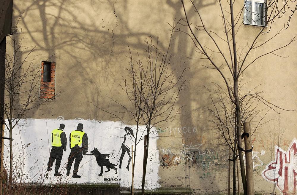Maciej Kurak, Banksy, Ogrodowa St., Poznań, photo: Tomasz Kaminski/AG