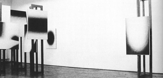Studium przestrzeni, W.Fangor, S.Zamecznik, environment 1958 r., Galeria Nowej Kultury, Warszawa, fot. z katalogu B.Kowalska Fangor. Malarz przestrzeni., Warszawa 2001 r
