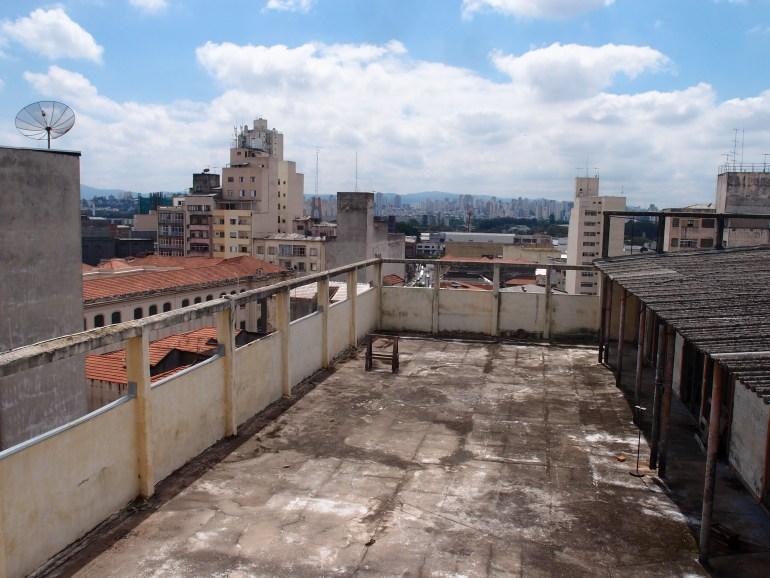 Taras na dachu Casa do Povo w São Paulo, gdzie Jakub Szczęsny zbuduje swoją instalację - dom dla emigranta-uchodźcy, fot. Agnieszka Sural