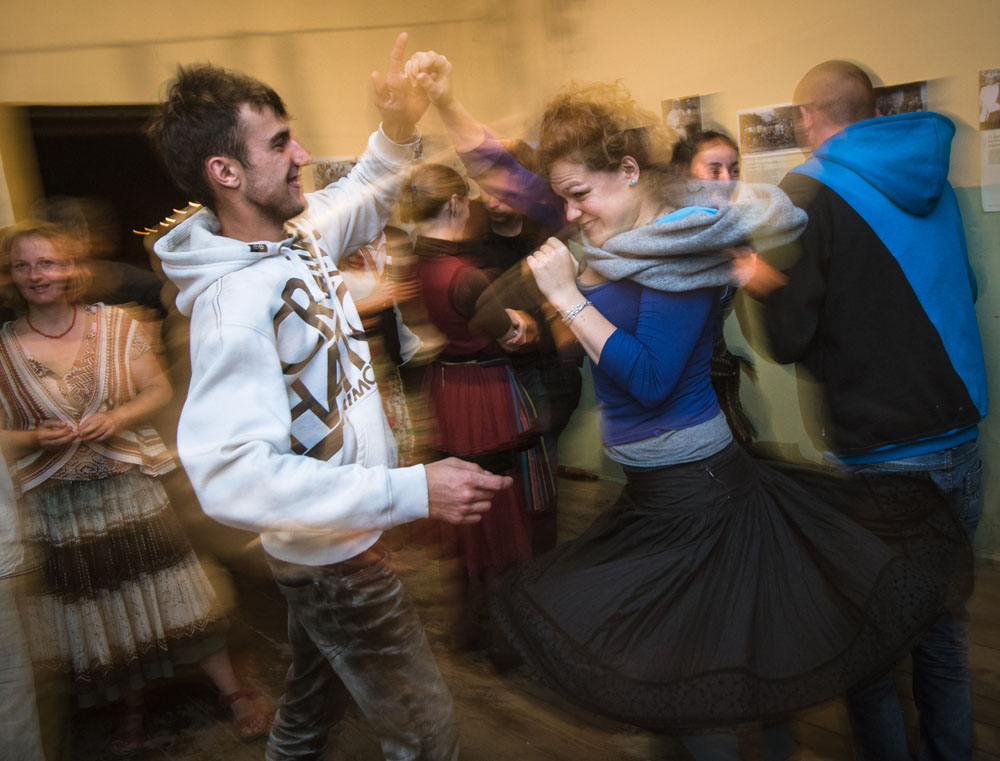 People dancing a traditional Polish mazurka at a folk party, Photo: Piotr Baczewski