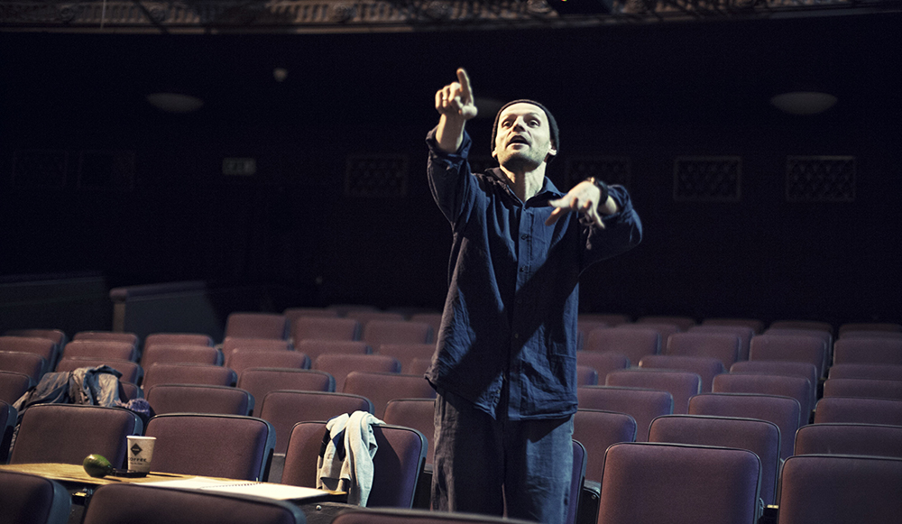 Ivan Vyrypaev during rehearsal at Theatre Studio in Warsaw, 2013, photo: Adam Lach/Napo Images/Forum