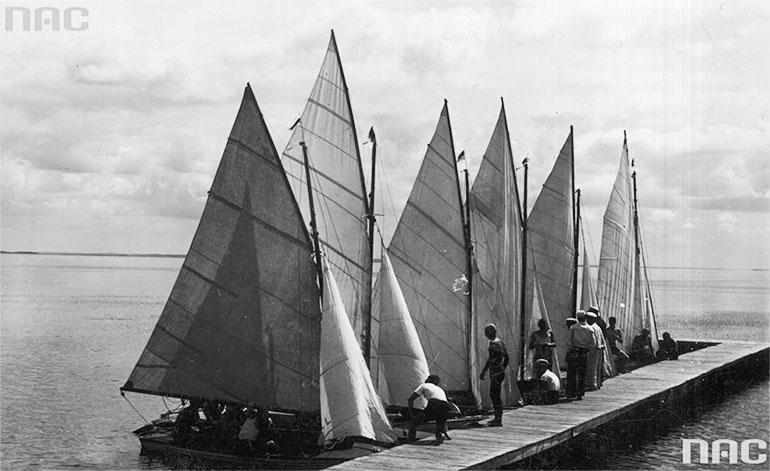 Яхты у пристани, озеро Нарочь, 1930, фото: Национальный цифровой архив