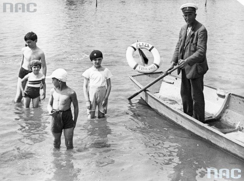 Варшава, пляж «Понятувка», 1930, фото: Национальный цифровой архив