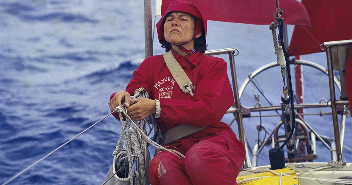 29-Year-Old Woman Sailing Solo Around the World Awaits