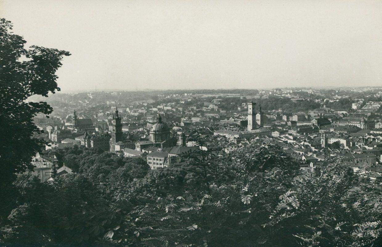 Lwów, widok z Wysokiego Zamku, 1939, fot. Polona.pl