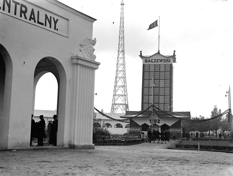 Międzynarodowe Targi Wschodnie we Lwowie, 1930, fot. audiovis.nac.gov.pl