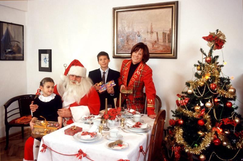 at the christmas eve table photo micha jankowski forum - What Do The Lonely Do At Christmas Lyrics