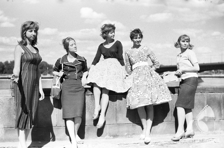 Vintage Polish Fashion Divas of the 1950s and 60s | Article