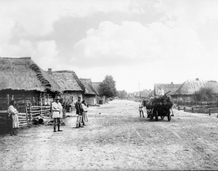 Fragment wsi, Polesie, 1913-36, fot. szukajwarchiwach.gov.pl