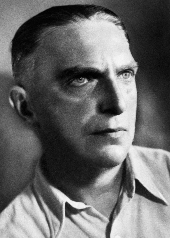 Anatol Stern, lata 40. XX wieku, fot. ze zbiorów Danuty Łomaczewskiej/East News