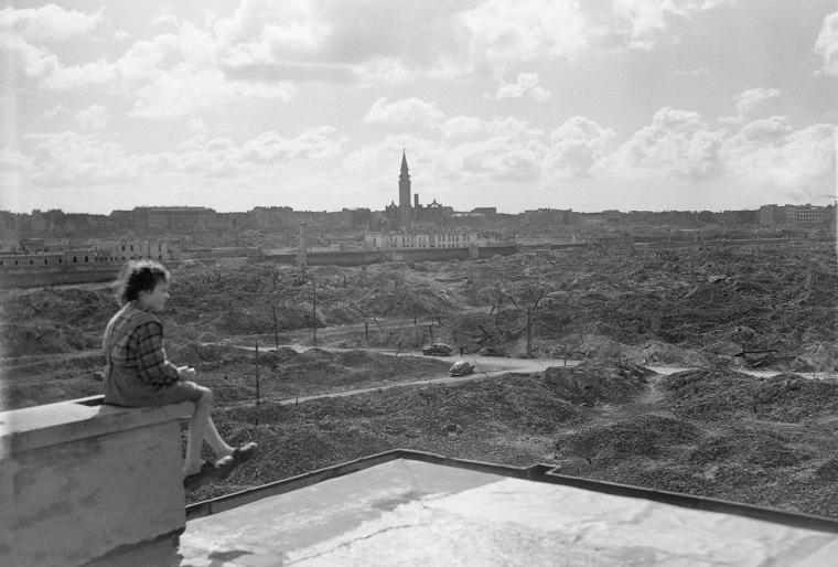 Ważne miejsca w Warszawie 1945