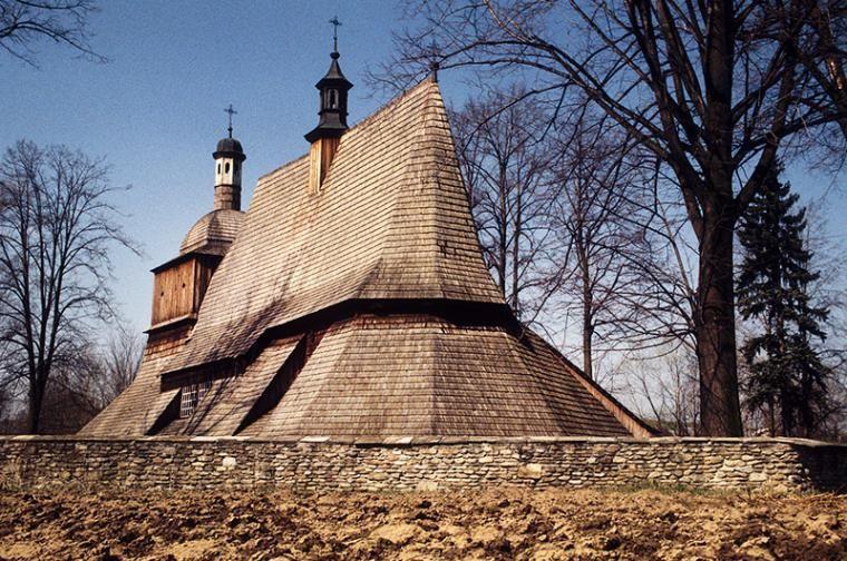 Kościół św. Filipa i św. Jakuba w Sękowej, fot. Roman Pach / Forum
