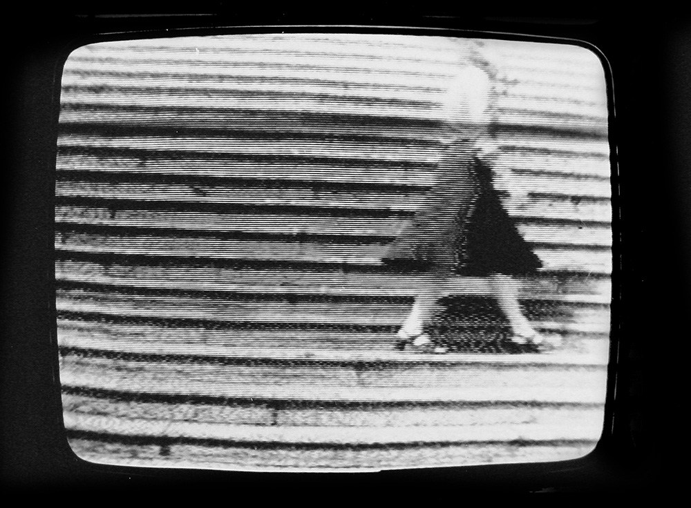 Still from Passagens I by Anna Bella Geiger, 1974, 13 min, P&B câmera J. T. Azulay, photo: courtesy of the artist