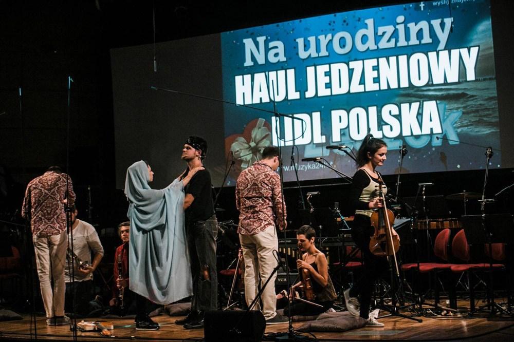 Spółdzielnia Muzyczna w utworze ''Dzięki, Leszek'' Jacka Sotomskiego, fot. materiały promocyjne