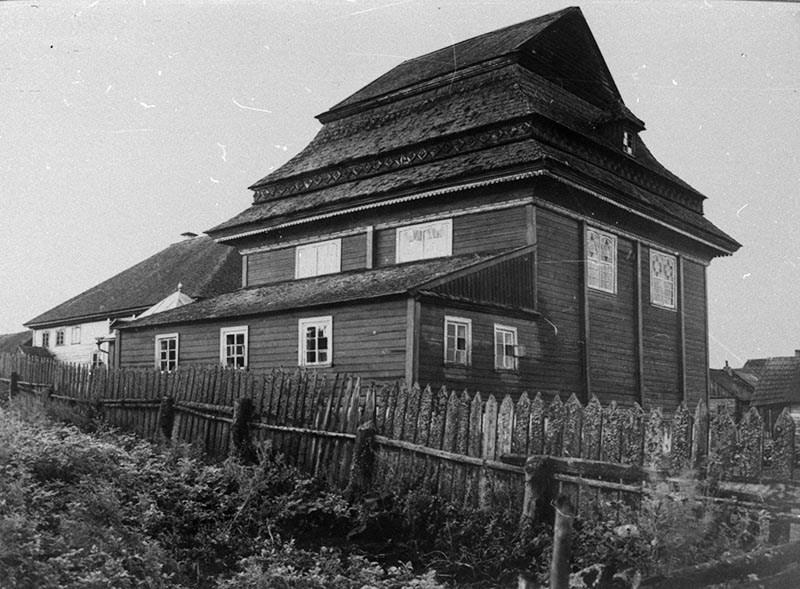 Bóżnica w Olkiennikach, widok ogólny, fot. Szymon Zajczyk, ok. 1936, Instytut Sztuki Polskiej Akademii Nauk