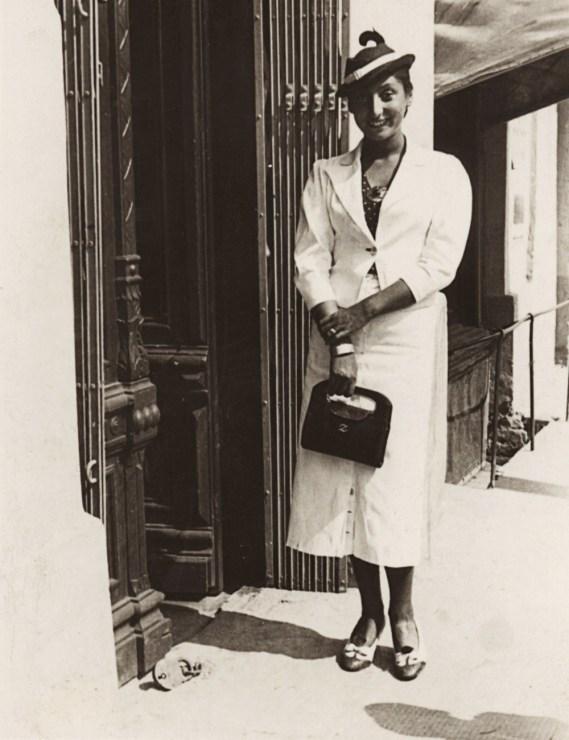 Zuzanna Ginczanka in her hometown Równe, 1934, photo: Muzeum Literatury / East News