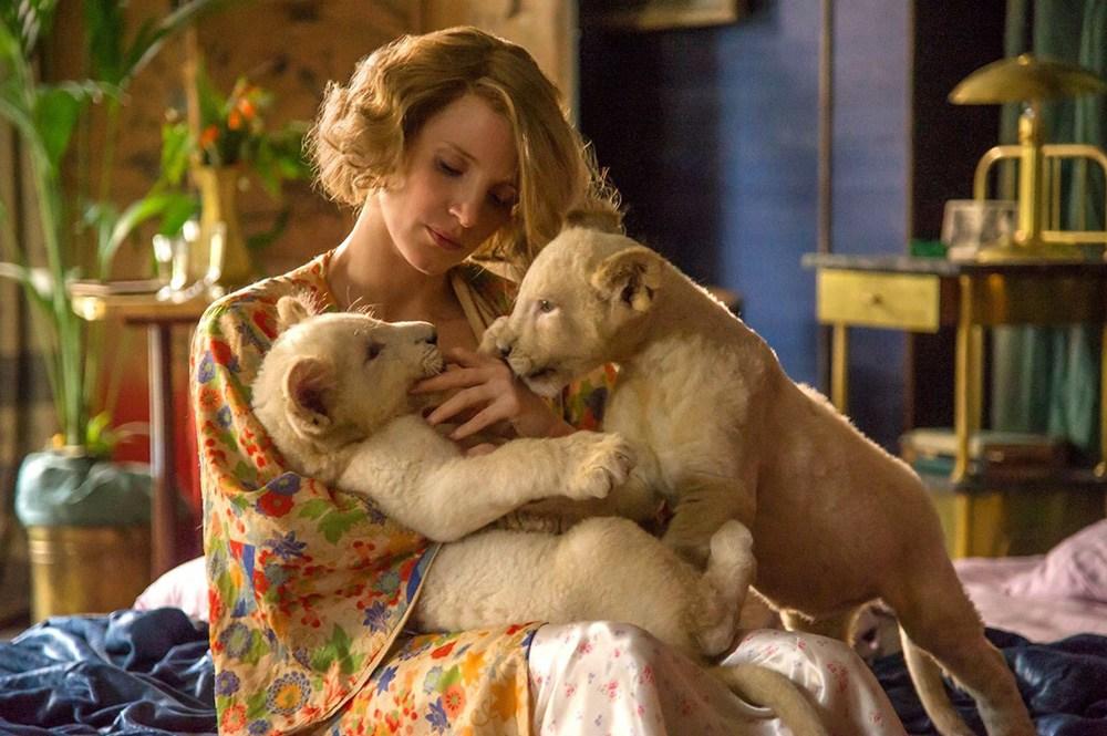 """Kadr z filmu """"Azyl"""" w reżyserii Niki Caro, 2016. Na zdjęciu: Jessica Chastain, fot. United International Pictures Sp z o.o."""