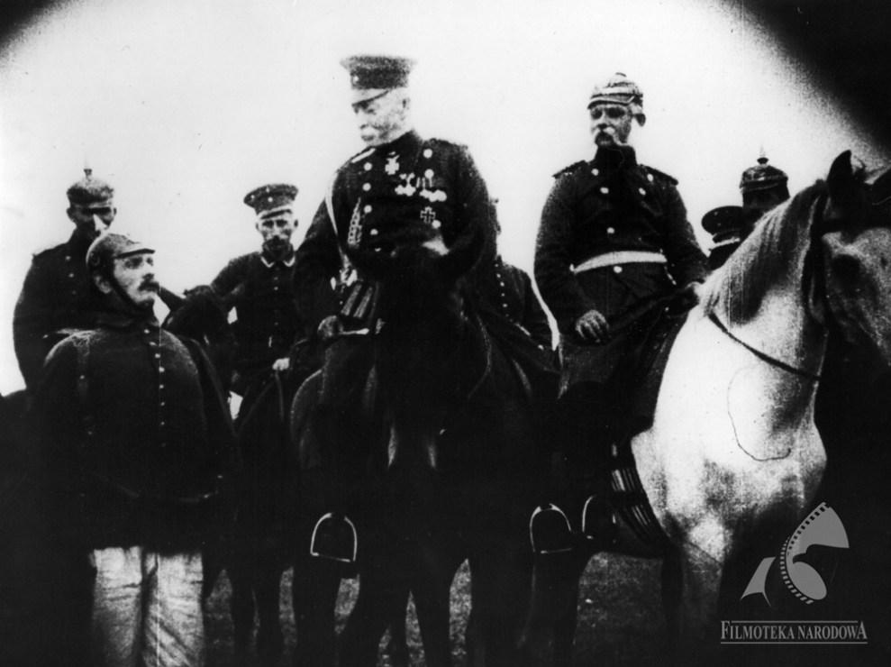 """Kadr z filmu """"Bartek Zwycięzca"""" w reżyserii Edwarda Puchalskiego, 1923, fot. Filmoteka Narodowa / www.fototeka.fn.org.pl"""