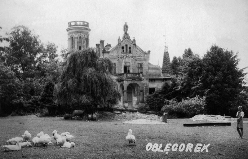 Pałacyk w Oblęgorku, który Sienkiewicz otrzymał z okazji 25 - lecia pracy , 1900, rep. FoKa/Forum