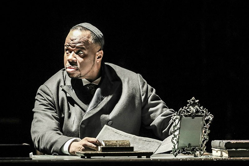 Scene from Czajkowski's Merchant of Venice directed by Keith Warner, 2016, pictured: Lester Lynch, photo: Johan Persson/Welsh National Opera