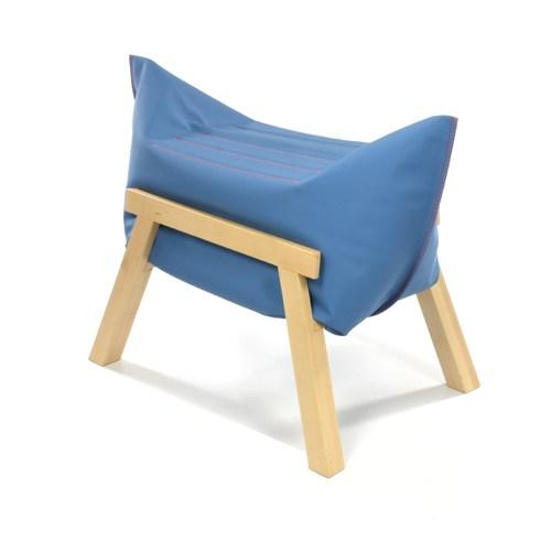 Malafor, Vertical Blue Stool, fot. dzięki uprzejmości projektantów