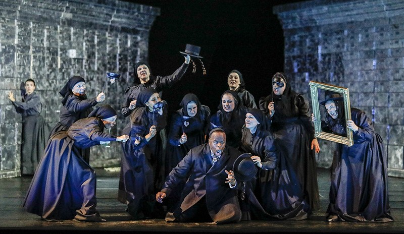 Scene from Czajkowski's Merchant of Venice directed by Keith Warner, 2016, photo: Johan Persson/Welsh National Opera