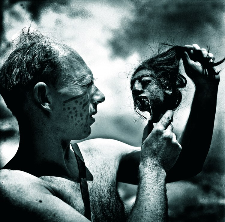 """Tony Halik, fotografie archiwalne z książki Mirosława Wlekły """"Tu byłem. Tony Halik"""", fot. wydawnictwo Agora"""