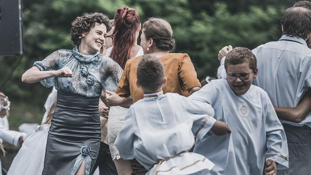 """Kadr z filmu """"Twarz"""" w reżyserii Małgorzaty Szumowskiej, 2017, fot. Bartosz Mrozowski/ Kino Świat"""