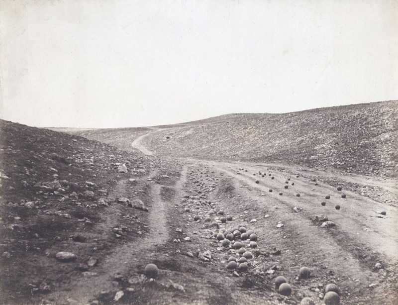 Roger Fenton «Valley of the Shadow of Death», 1855. Фото: Wikipedia