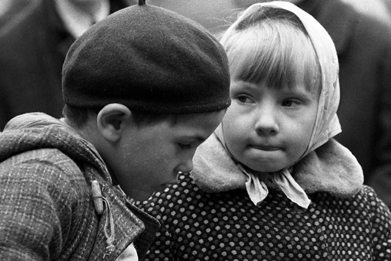 """Fotografia z cyklu """"Wielki Świat Małego Człowieka"""", fot. Wiesław Zieliński"""
