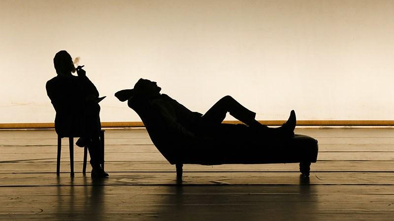"""Scena z przedstawienia """"Kupiec wenecki"""" Andrzeja Czajkowskiego w reżyserii Keitha Warnera, 2016, fot. Johan Persson/Welsh National Opera"""