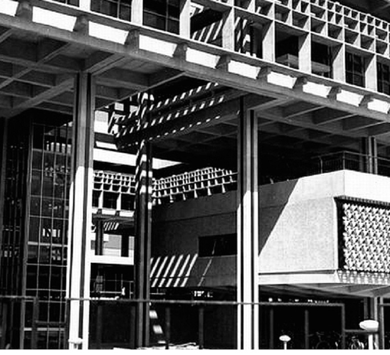 Embassy of the People's Republic of Poland in New Delhi (1973-1978), photo from the archives of the Association of Polish Architects