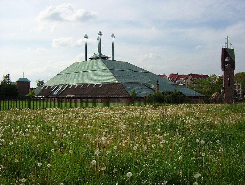 Костел Святого Духа в городе Тыхы, фото: CC