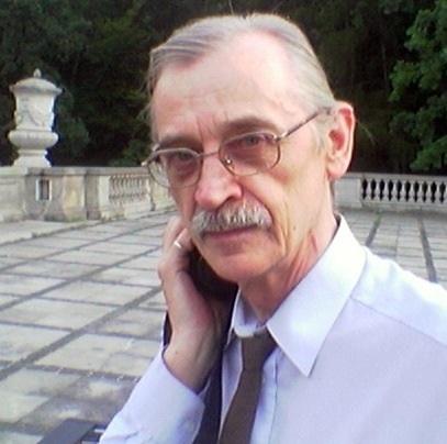 Polski: Erazm Ciołek w warszawskich Ogrodach Frascati w sierpniu 2005, fot. Andrzej Tadeusz Kijowski
