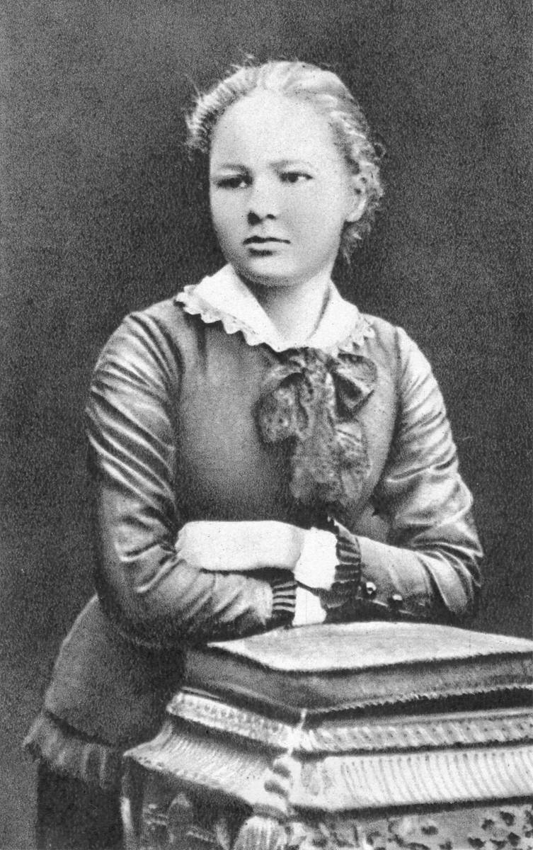 Maria Skłodowska at 16, photo: Wikimedia